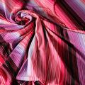 Badestoff glatt glänzend in pink flieder gestreift